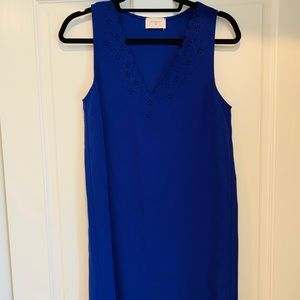 Blue v neck dress with great neck detail